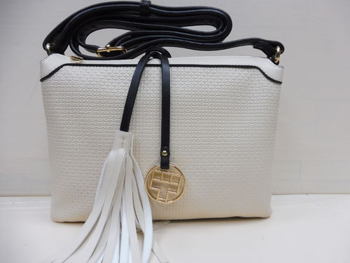 BOLSO MATTIES BEIS CON BROCHE